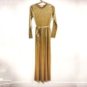 Club London | Gold velvet asymmetrical dress | 2